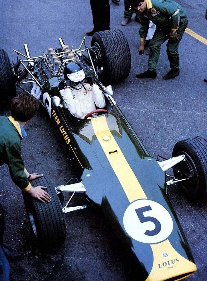 Lotus 49 1967 Dutch GP (2).JPG