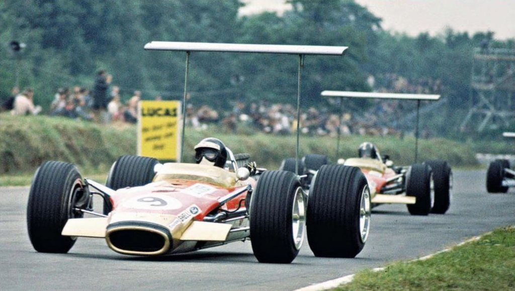 Lotus 49B (1968 Brands Hatch 2).jpg